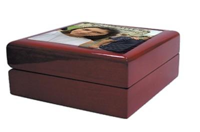 קופסה תכשיטים מעץ + הדפסה על המוצר
